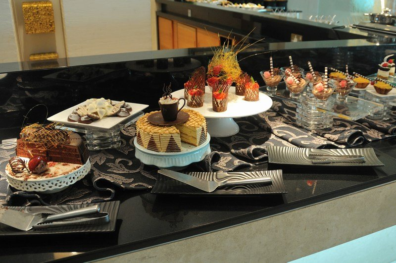 Qatar Airways Lounge Dessert Selection. SkyLuxTravel Blog. SkyLux - Discounted Business and First Class Flights
