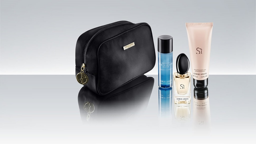 Qatar Airways Amenity Kit. SkyLuxTravel Blog. SkyLux - Discounted Business and First Class Flights