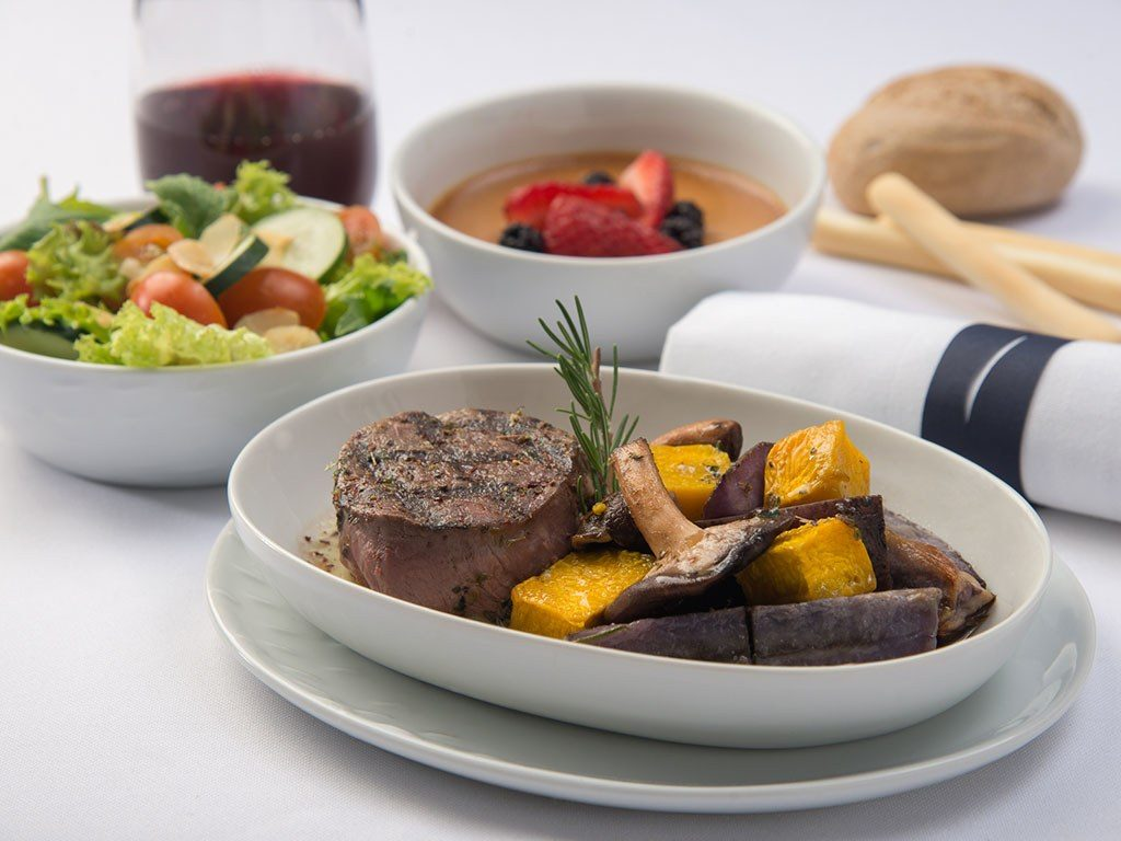Business Class Meals - Argentinian Beef. SkyLuxTravel Blog. SkyLux - Discounted Business and First Class Flights