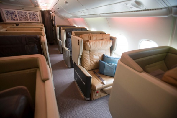 10 Longest Business Class Flights: Singapore Airlines Business Class Flight Singapore - San Francisco. SkyLux - Discounted Business and First Class Flights