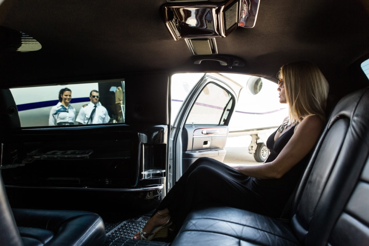 Which Airlines Offer Free Chauffeur Service. SkyLux - Discounted Business and First Class Flights