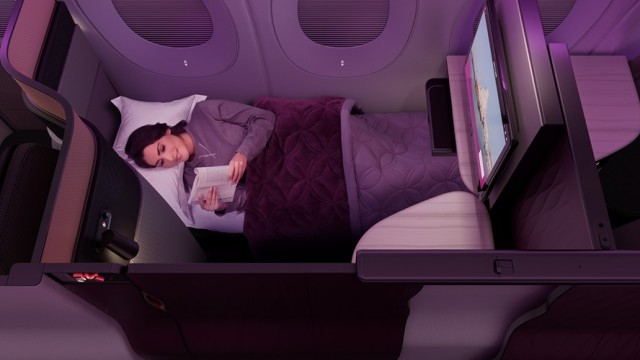 Which Airlines Provide Pajamas in Business Class? Qatar Airways Pajamas. SkyLux - Discounted Business and First Class Flights.
