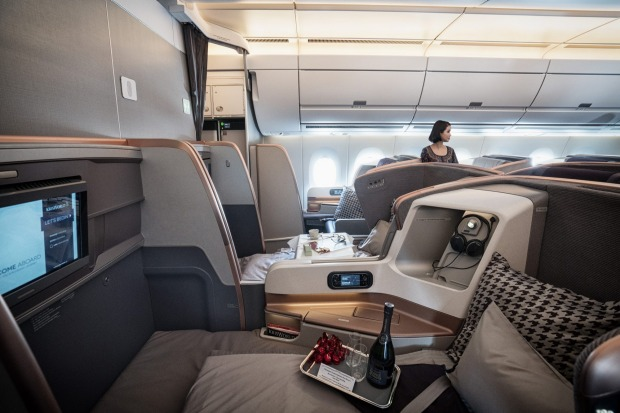 Which Airlines Have Flat Bed Seats in Business Class? Singapore Airlines Flat Bed Seat. SkyLux - Discounted Business and First Class Flights