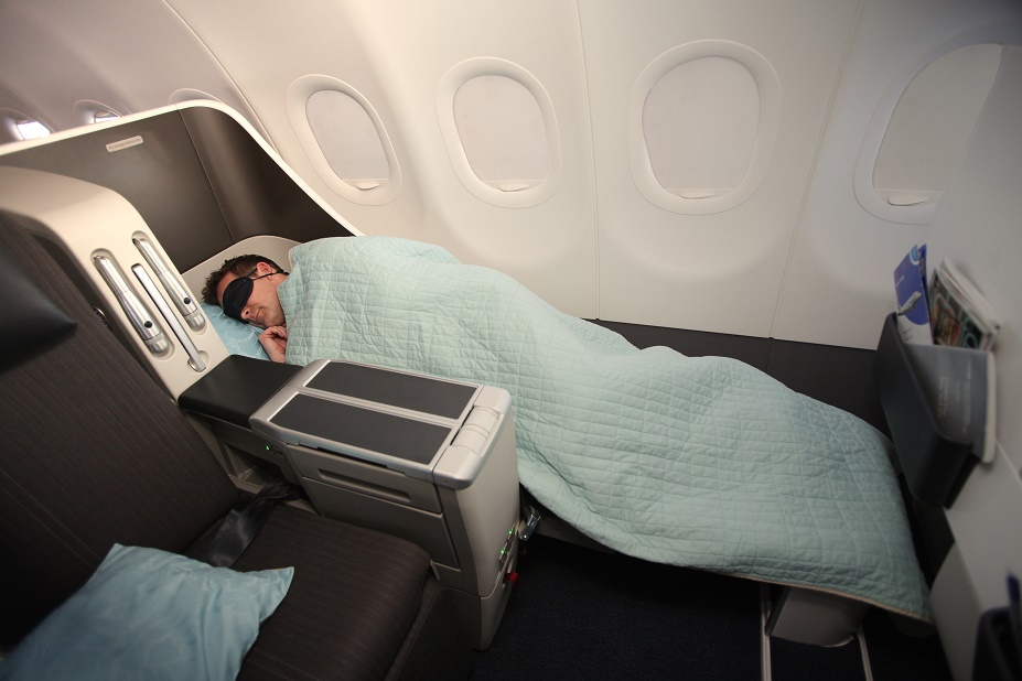 Which Airlines Have Flat Bed Seats in Business Class? British Airways Flat Bed Seat. SkyLux - Discounted Business and First Class Flights