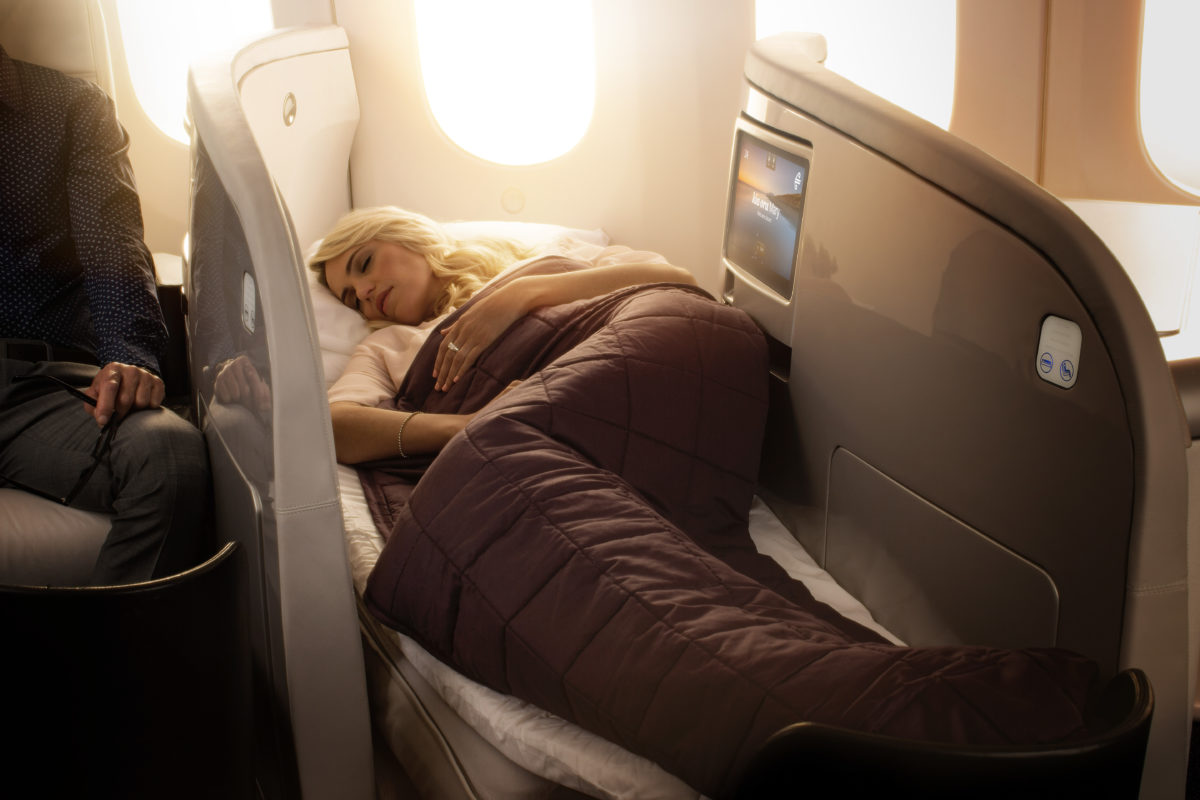 Which Airlines Have Flat Bed Seats in Business Class? SkyLux - Discounted Business and First Class Flights