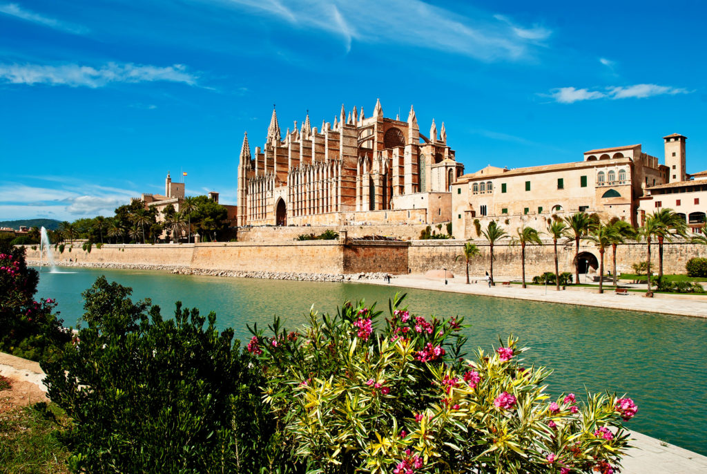5 Luxury Spring Break Destinations 2018: Palma de Mallorca, The Balearic Islands: The Ideal Place for Rest and Relaxation. SkyLux - Discounted Business and First Class Flights.