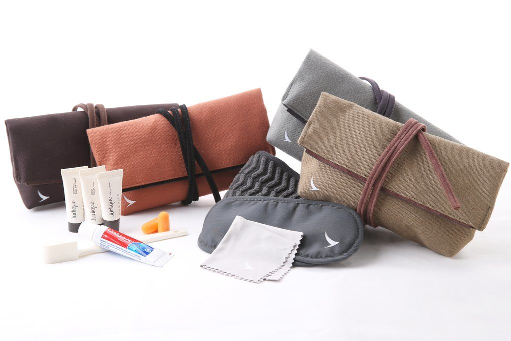 Business Woman Flight Must-Haves: Business Class Cathay Pacific and Jurlique Amenity Kit. SkyLux - Discounted Business and First Class Flights.