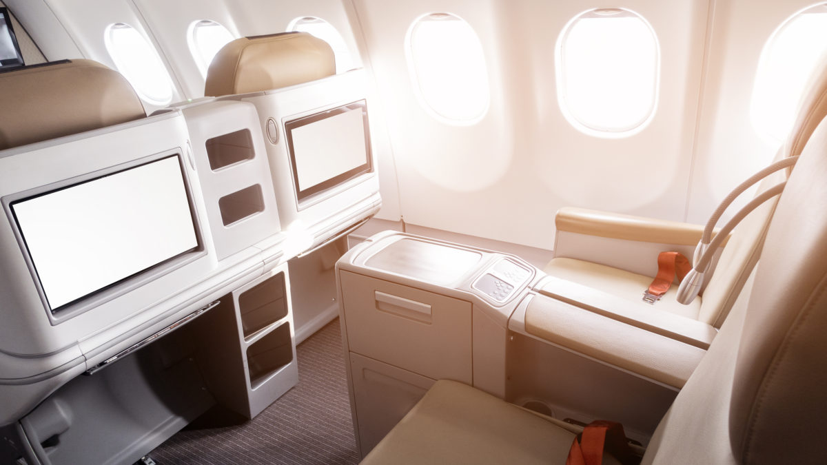 Differences Between Business class Bed seats, airline with beds